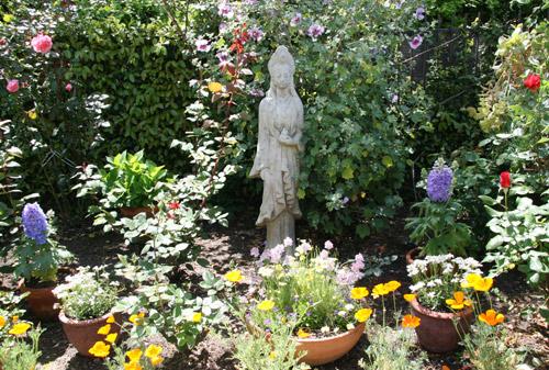 community-easter-garden